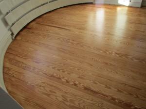 Dielenboden abgeschliffen und neu versiegelt