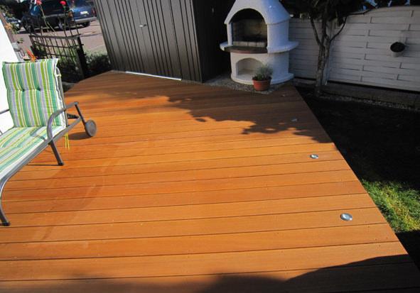 Home Design Holz im Garten: Bangkirai Terrassendielen in Speyer