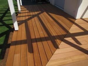 Home Design, Holz im Garten: Sonnendeck aus Bangkirai